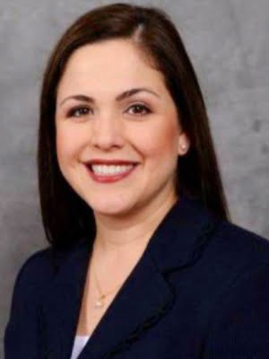 Representante estatal Ana Hernandez, Asesora Legal de MALC